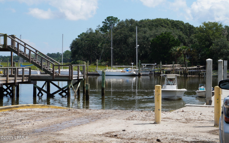 56 Coosaw River Drive, Beaufort, South Carolina 29907, ,Land,For Sale,Coosaw River,171578